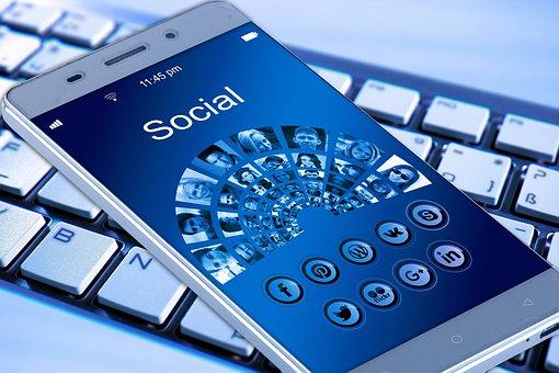 ジモティやTwitter、Facebookで女の飲み友達を募集